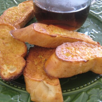 french toast dippers on plate