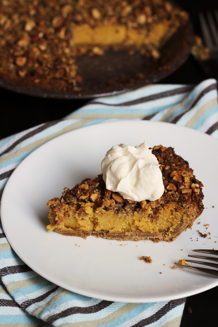 Streusel Topped Pumpkin Pie Recipe | Good Cheap Eats