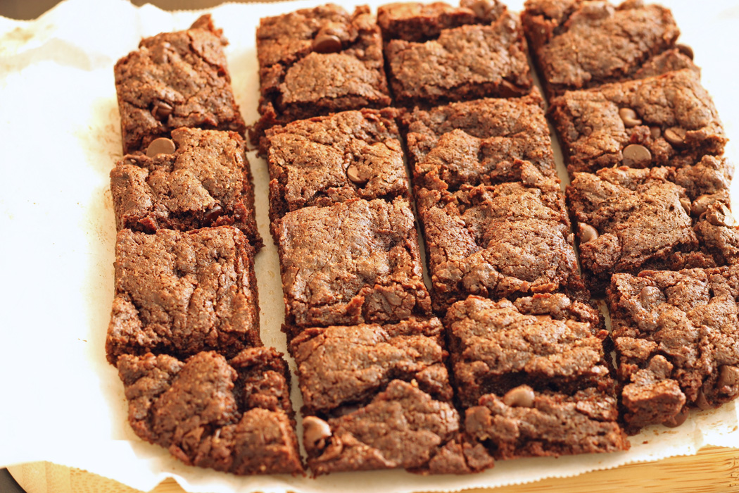 Cocoa Brownies cut into squares