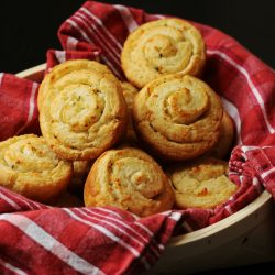 A basket of garlic parmesan swirl biscuits