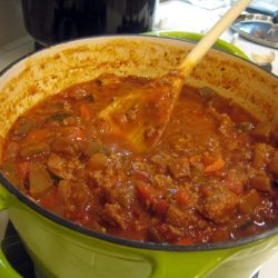Vegetable Bolognese in green pot