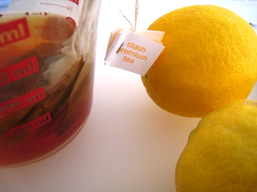 Lemons and brewing tea