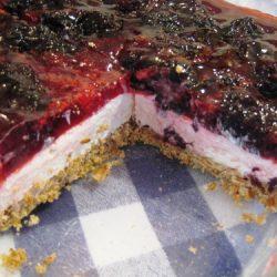 Pretzel-Berry-Dessert