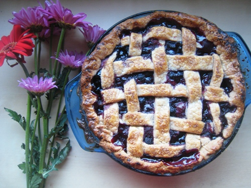 Mixed Berry Pie with Cinnamon and Lemon