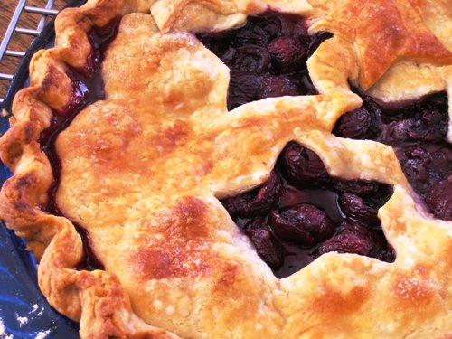 Sweet Cherry Pie - Good Cheap Eats