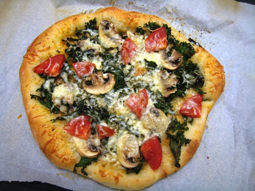 Kale Pizza with Mushrooms
