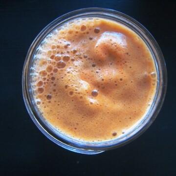 mason jar of carrot juice