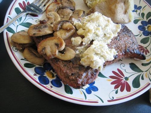 steak and mushroom dinner