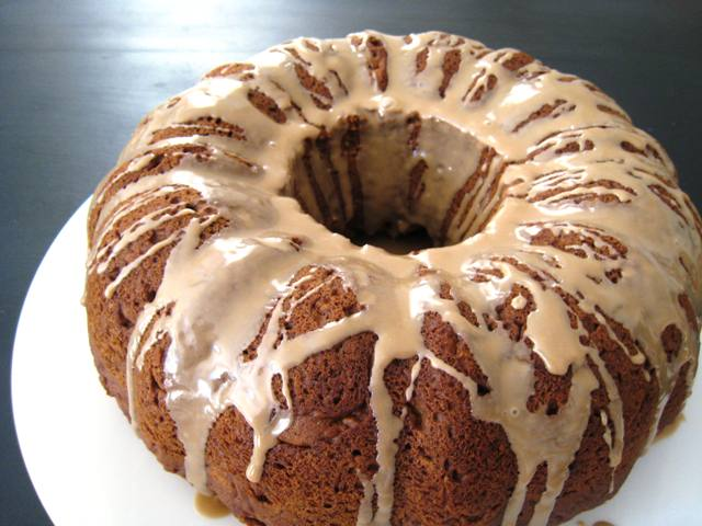 Pumpkin Cake with Maple Glaze