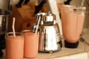 Pink Mango Strawberry Smoothie