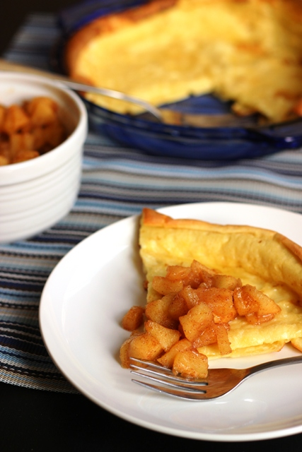 Oven Pancake with Cinnamon Apples