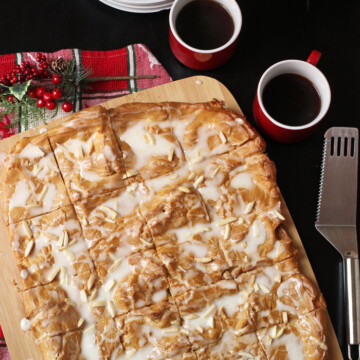whole kringle on board with coffee