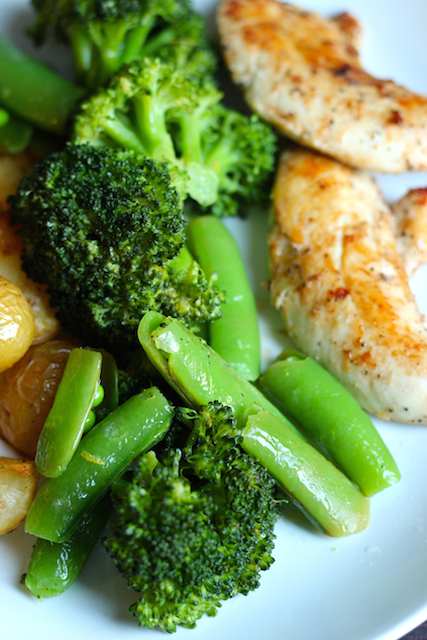 Easy Ways to Season Vegetables - Seasoning vegetables doesn't have to be rocket science, but can be the difference between okay side dishes and fabulous feasts. Includes recipe for Lemon Broccoli and Peas.