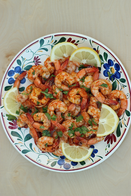 plate of shrimp on the barbie with lemon