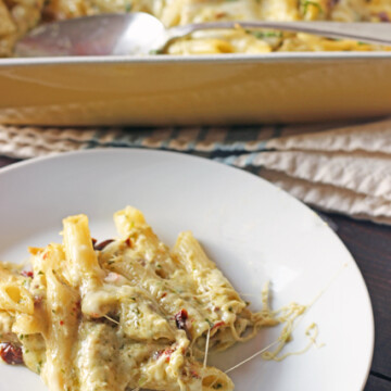 A plate of cheese and penne