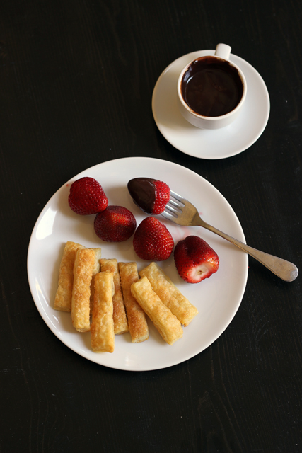 chocolate fondue demitasse