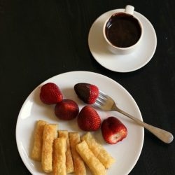 chocolate fondue featured