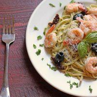 Pesto Shrimp Linguine Salad