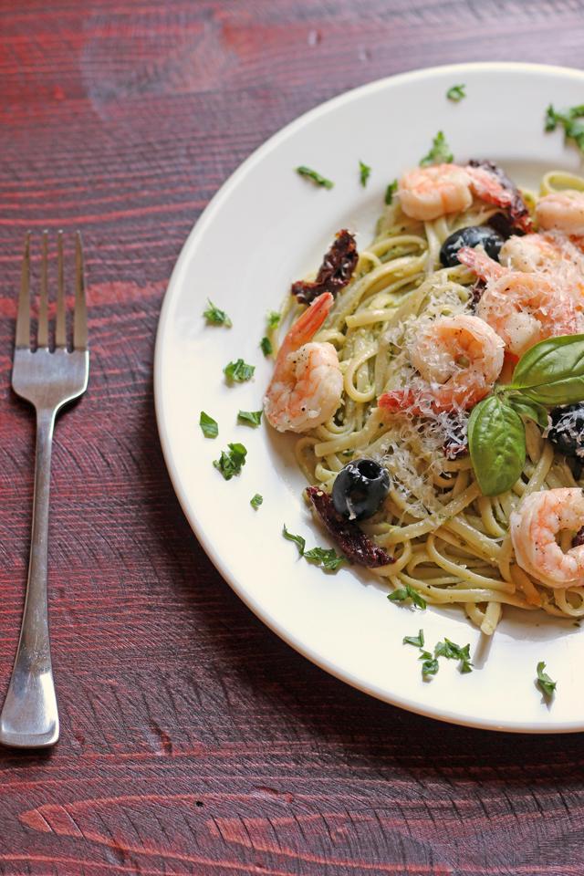 Pesto Shrimp Linguine Salad | Good Cheap Eats