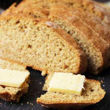 irish soda bread with cheese
