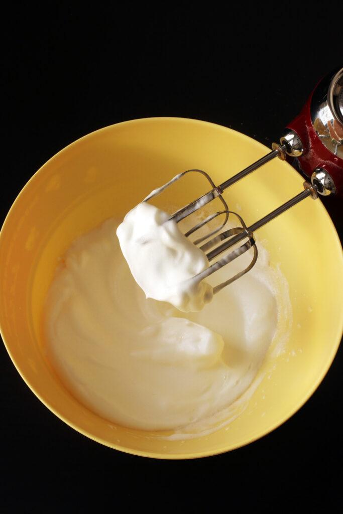 soft peaks in bowl