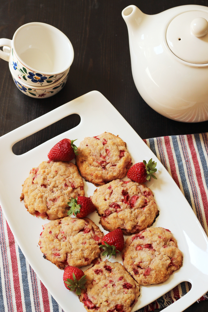 Strawberry Oatcakes Recipe from Good Cheap Eats