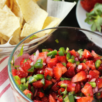 bowl of strawberry salsa with chips