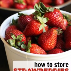 How to Store Strawberries to Keep Them Fresh (VIDEO)