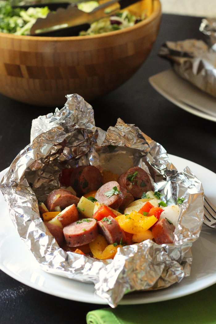 sausage packet in foil with vegetables