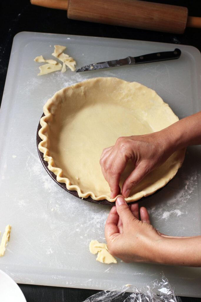 crimping single pie crust